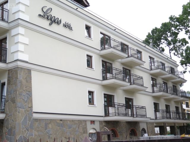 Balustrady stalowe ocynk + malowanie proszkowe. Hotel Logos Zakopane.