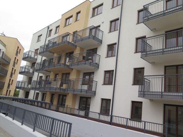 Wrocław Impressio II. Balustrady balkonowe ocynk i malowane proszkowo.800mb.