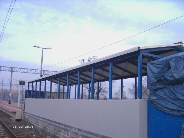 Dworzec Żmigród. Zadaszenia schodów.